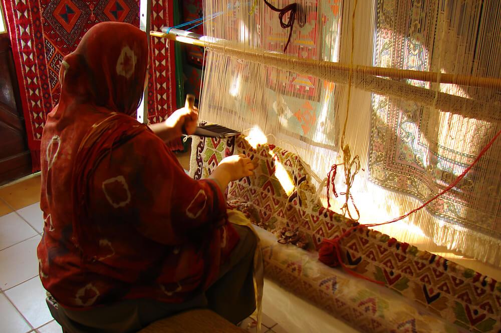 Jak gruntownie wyprac dywan welniany