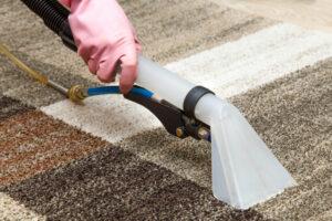 3 najpopularniejsze metody prania dywanow – przeglad rozwiazan