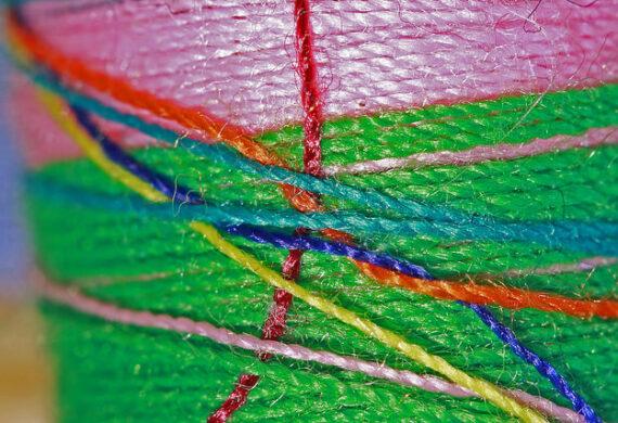 Obszywanie dywanów - po co się to robi?