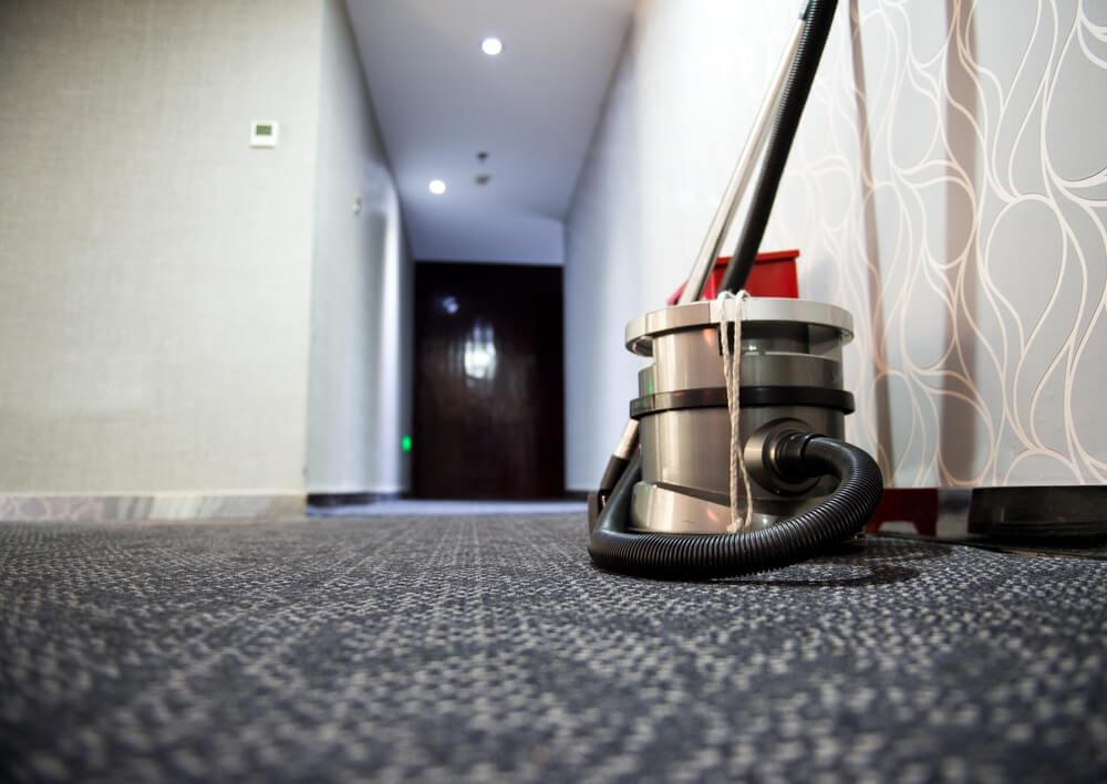 Pranie wykładzin hotelowych – powierz je profesjonalistom