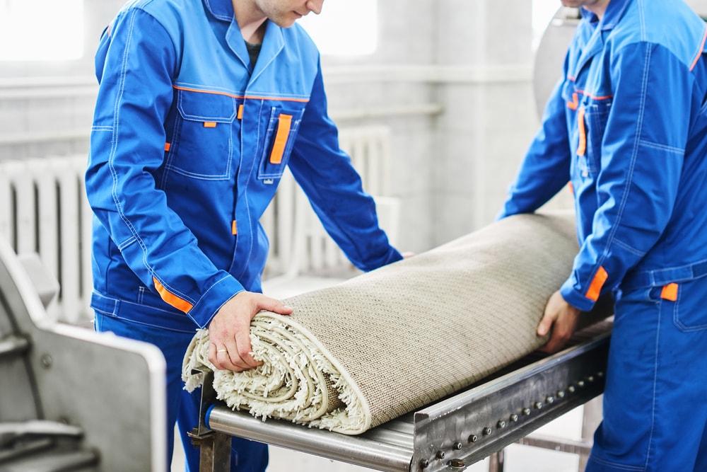 Podstawowe zalety korzystania z uslug profesjonalnej pralni dywanow